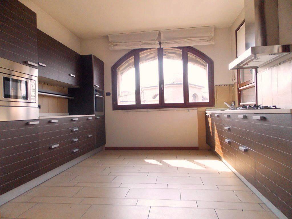 Villa-singola-in-vendita-a-Bernareggio-in-Brianza-8