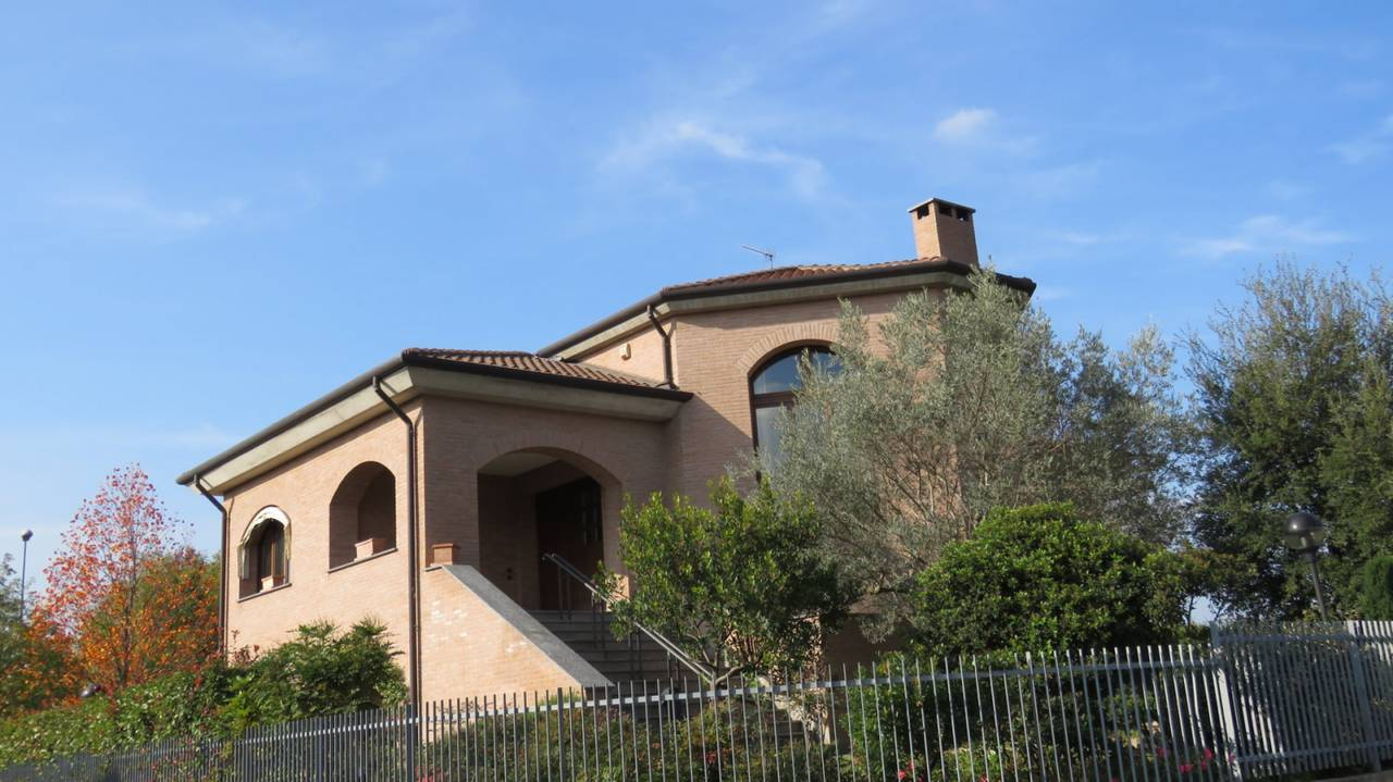 Villa-singola-in-vendita-a-Bernareggio-in-Brianza