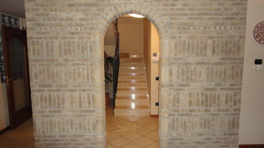 Villa-singola-in-vendita-a-Busnago-10