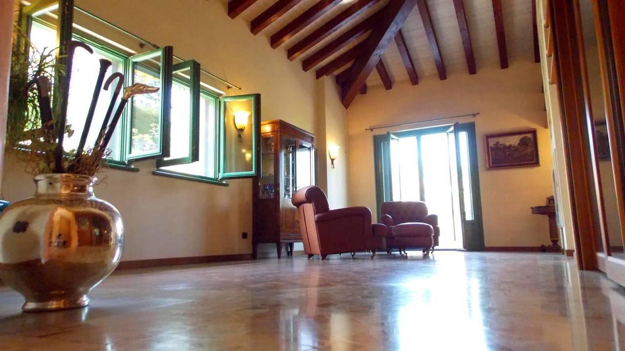 Villa-singola-in-vendita-a-Montevecchia-in-Brianza-10