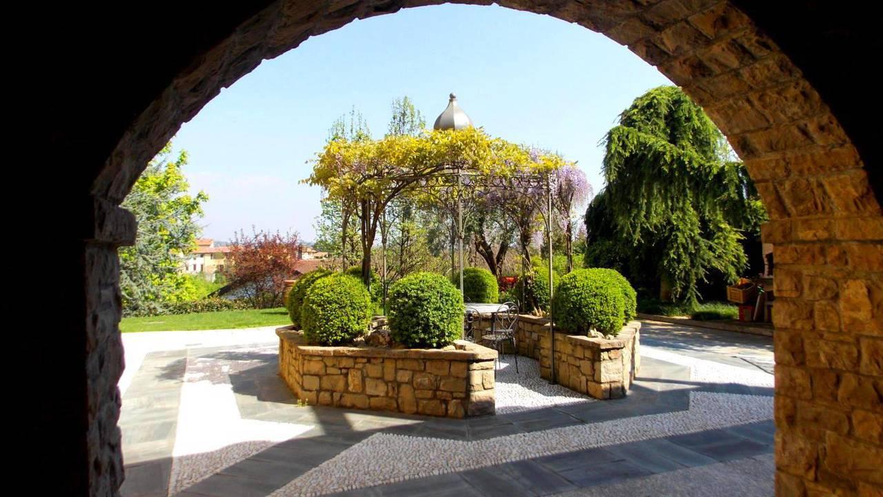 Villa-singola-in-vendita-a-Montevecchia-in-Brianza-17