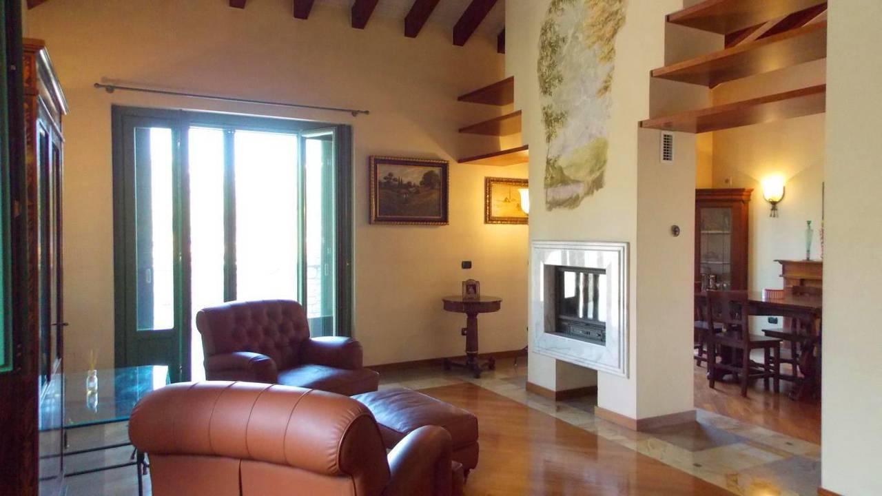 Villa-singola-in-vendita-a-Montevecchia-in-Brianza-24