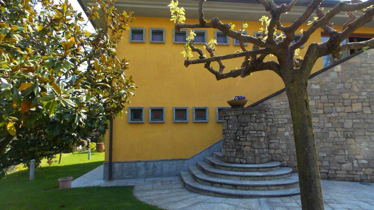 Villa-singola-in-vendita-a-Montevecchia-in-Brianza-29