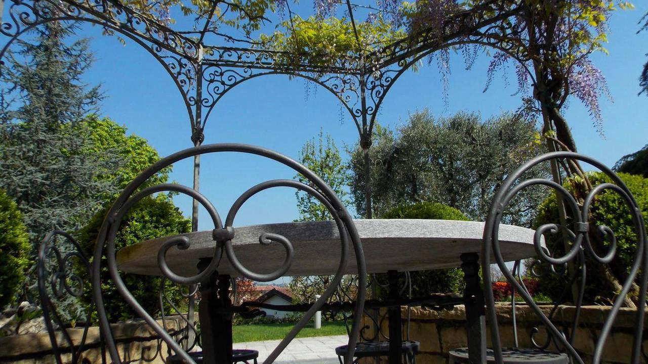 Villa-singola-in-vendita-a-Montevecchia-in-Brianza-5