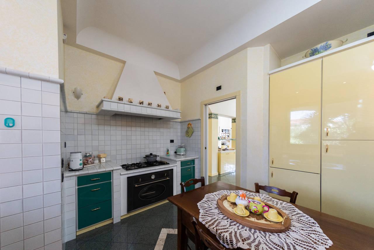Villa-singola-in-vendita-a-Paderno-Dugnano-Milano-10