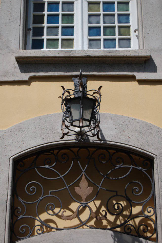 Villa-singola-liberty-con-dependance-in-vendita-a-Merate-12