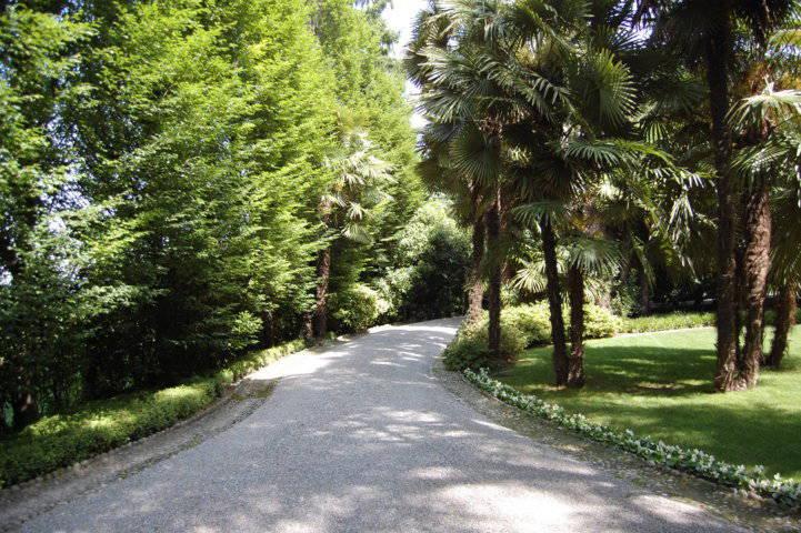 Villa-singola-liberty-con-dependance-in-vendita-a-Merate-7