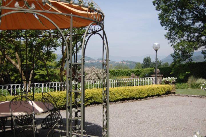 Villa-singola-liberty-con-dependance-in-vendita-a-Merate-9