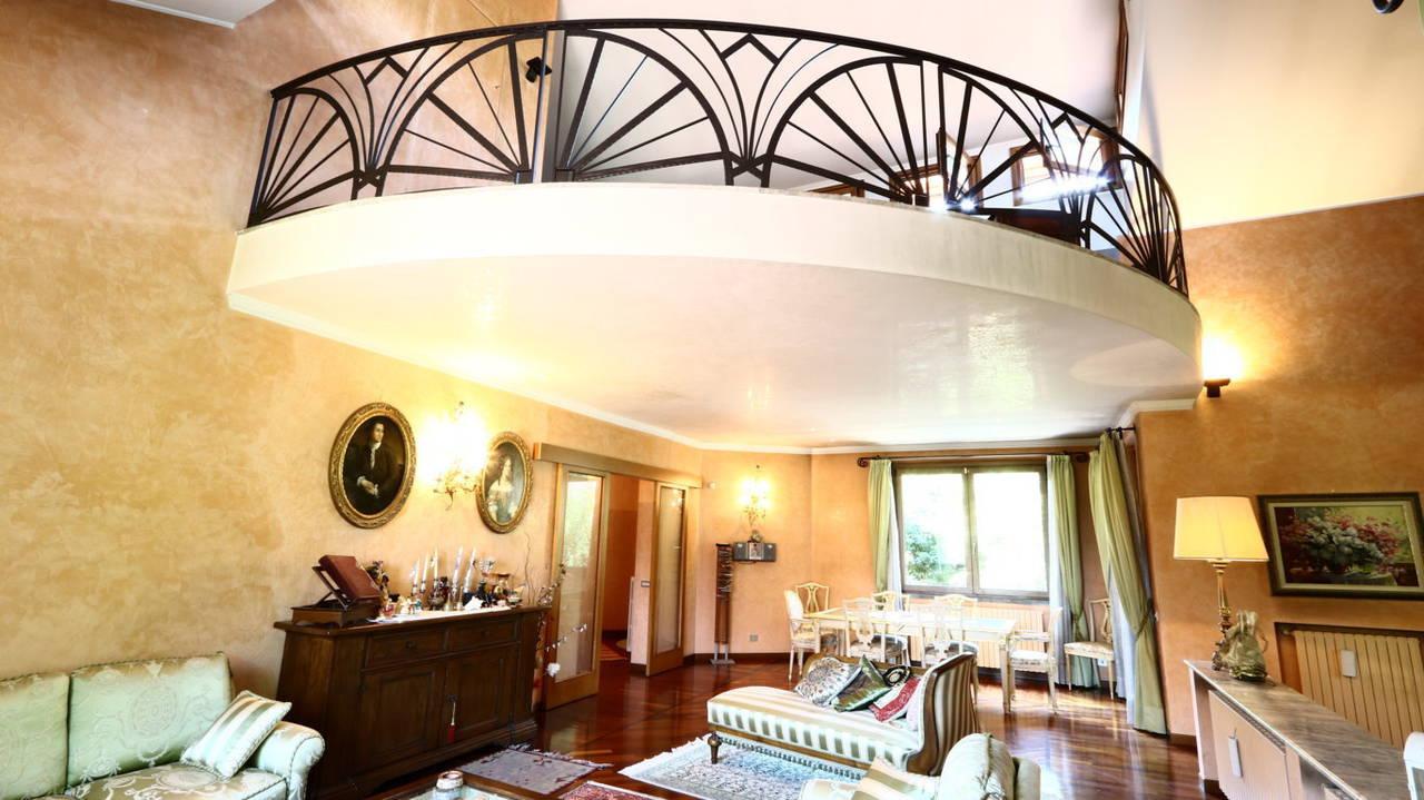 Villa-singola-signorile-in-vendita-a-Busnago-in-Brianza-1