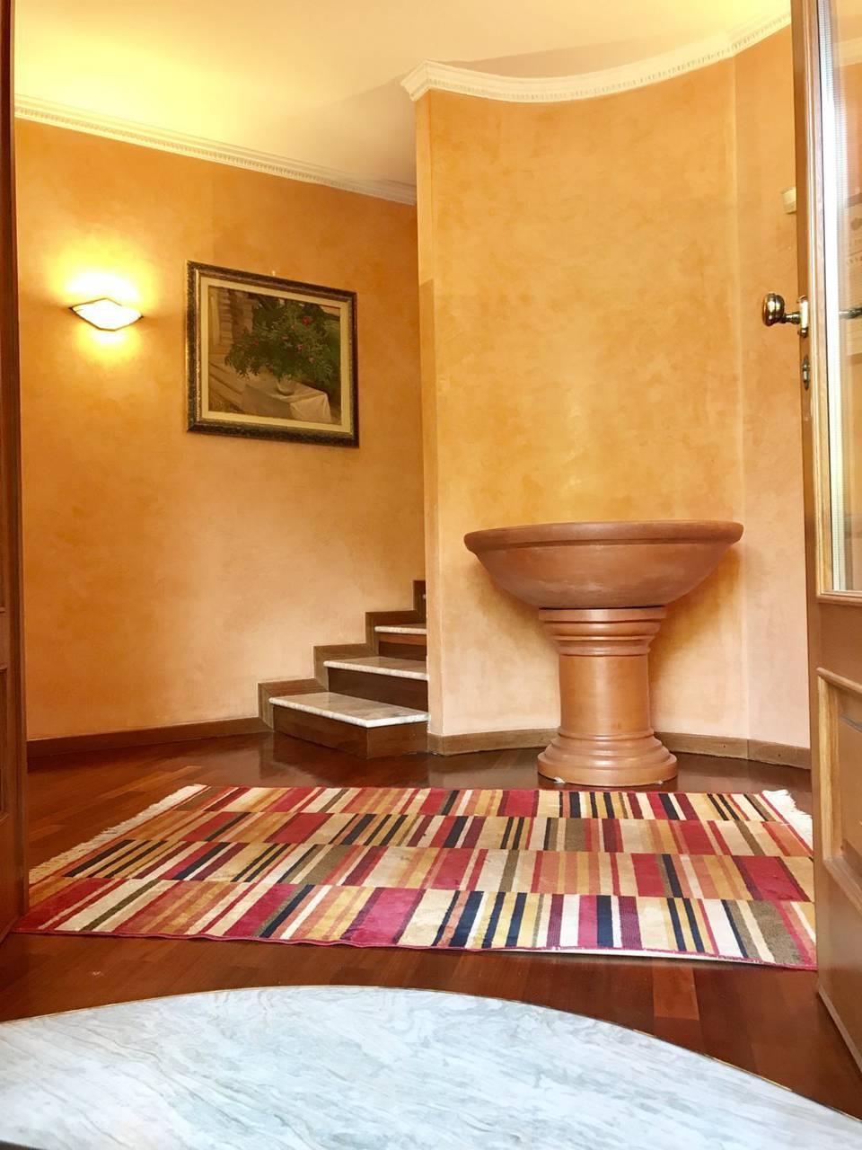 Villa-singola-signorile-in-vendita-a-Busnago-in-Brianza-15