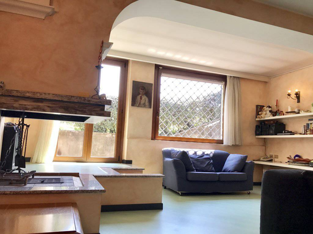 Villa-singola-signorile-in-vendita-a-Busnago-in-Brianza-16