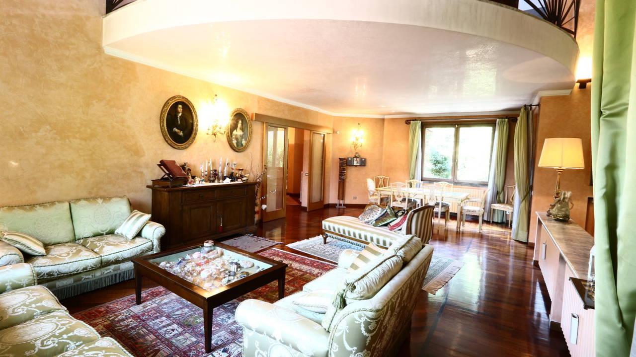 Villa-singola-signorile-in-vendita-a-Busnago-in-Brianza-22