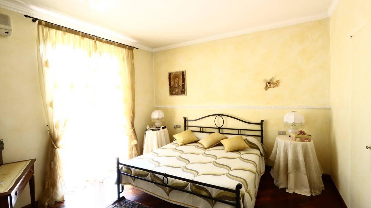 Villa-singola-signorile-in-vendita-a-Busnago-in-Brianza-26