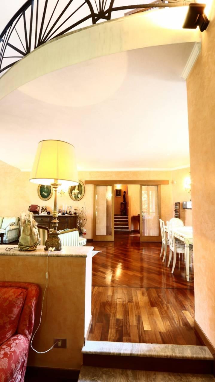 Villa-singola-signorile-in-vendita-a-Busnago-in-Brianza-29