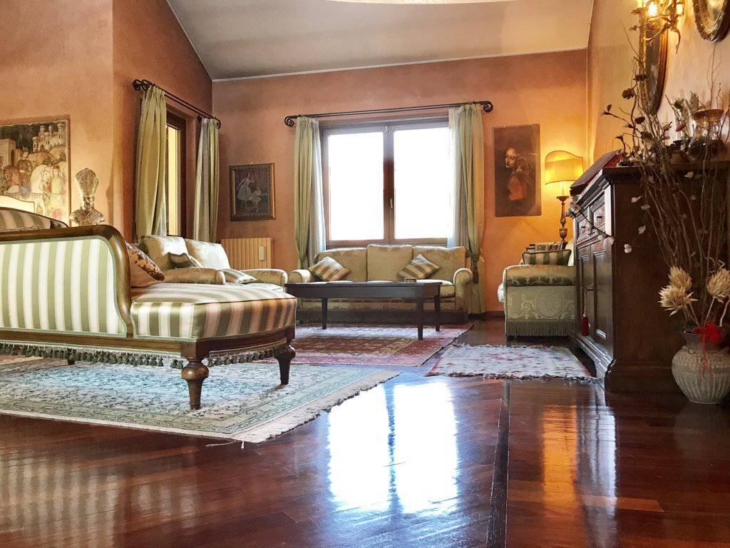 Villa-singola-signorile-in-vendita-a-Busnago-in-Brianza-3