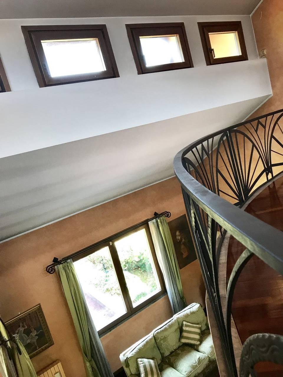 Villa-singola-signorile-in-vendita-a-Busnago-in-Brianza-31