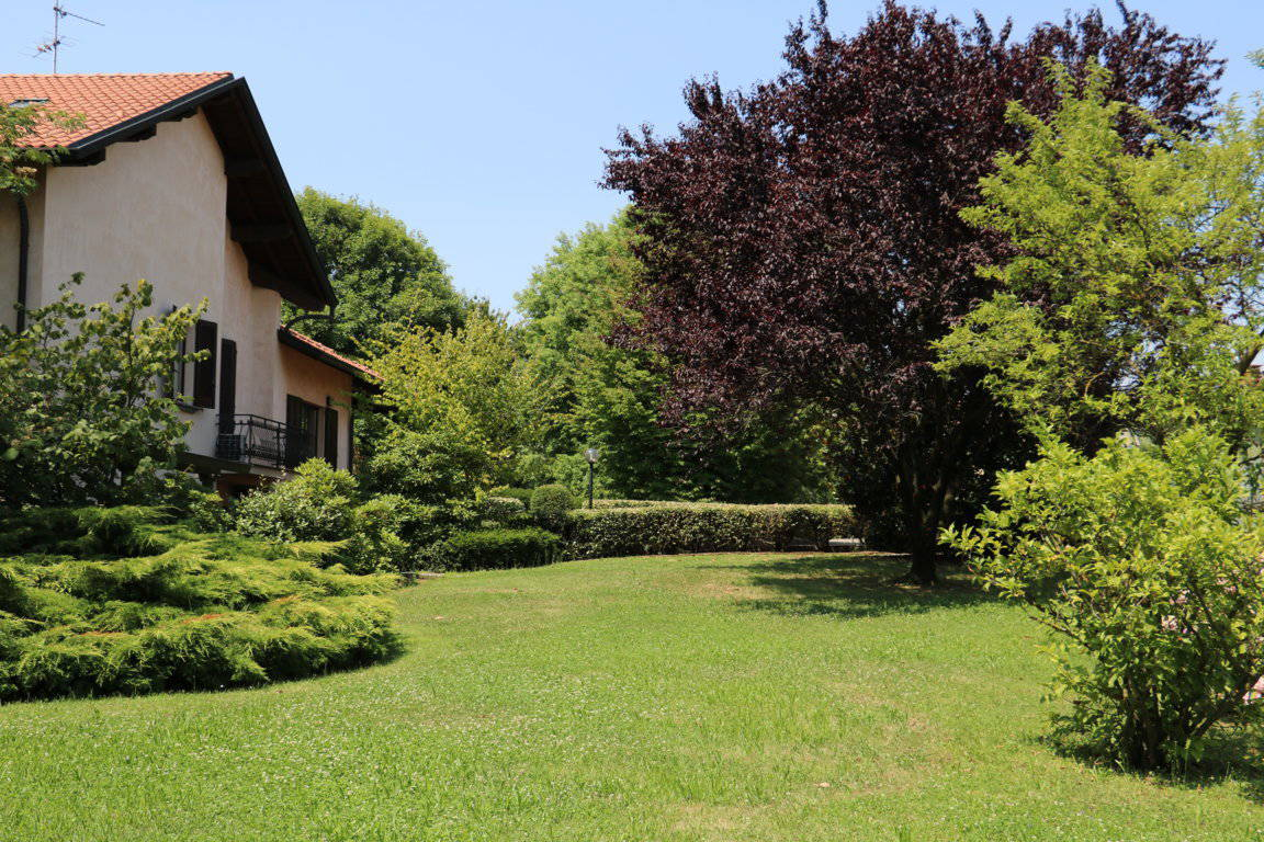 Villa-singola-signorile-in-vendita-a-Busnago-in-Brianza-34