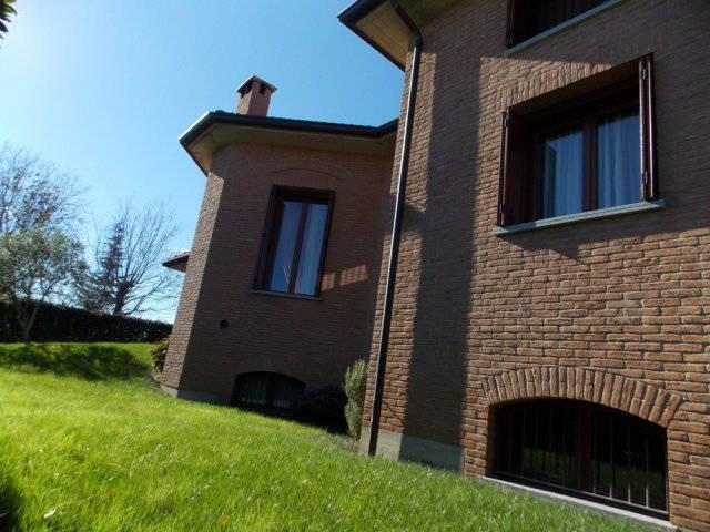 Ville-con-giardino-in-vendita-in-Brianza-8