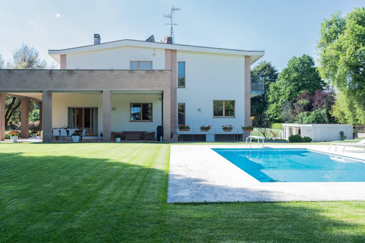 vendita-villa-con-piscina-lesmo-casaestyle (56)