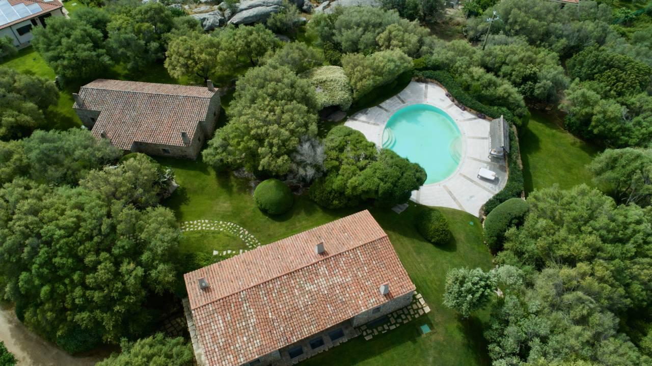 Villa con piscina in vendita Sardegna Arzachena (4)