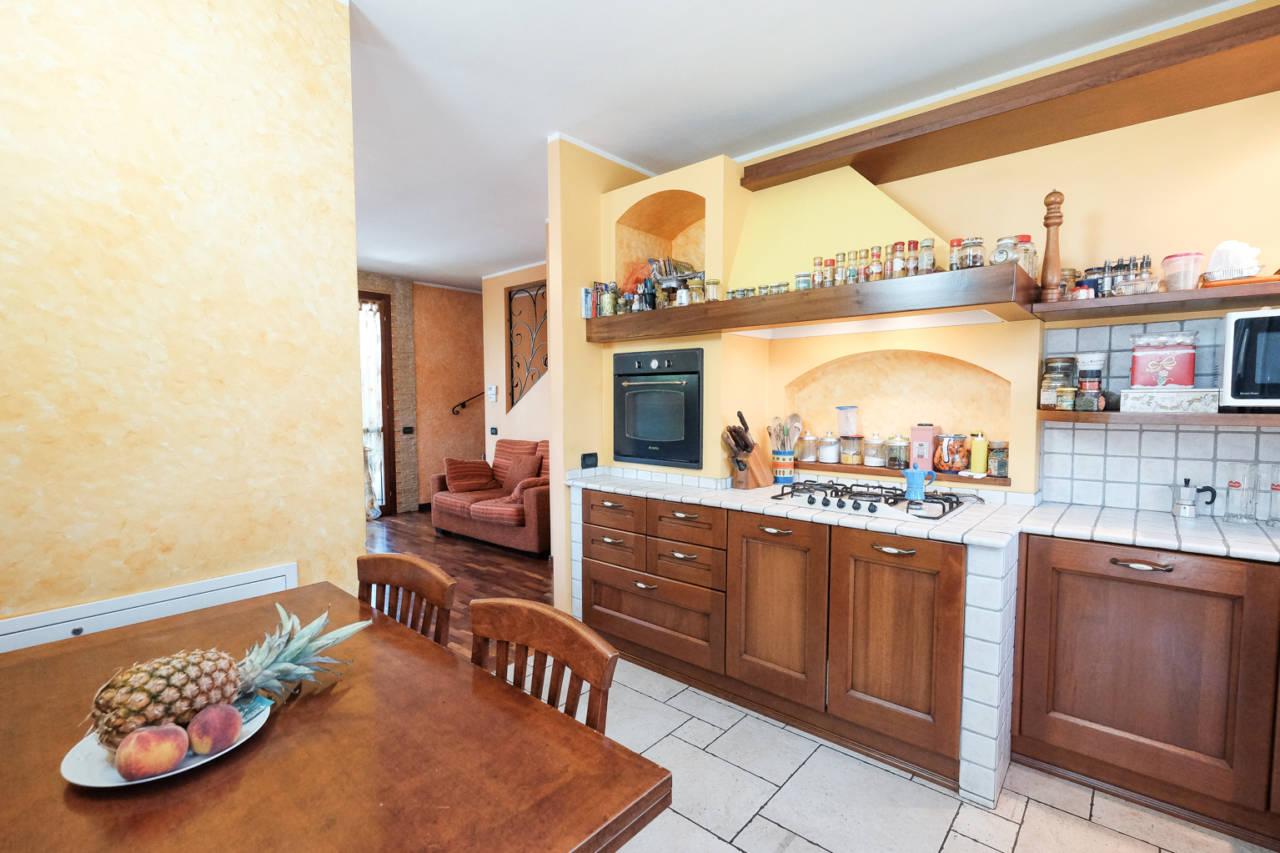 vendita-villa-ornago (11)