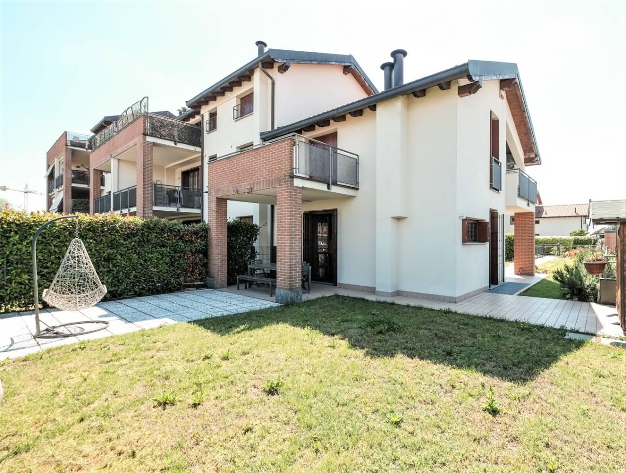 vendita-villa-ornago (15)