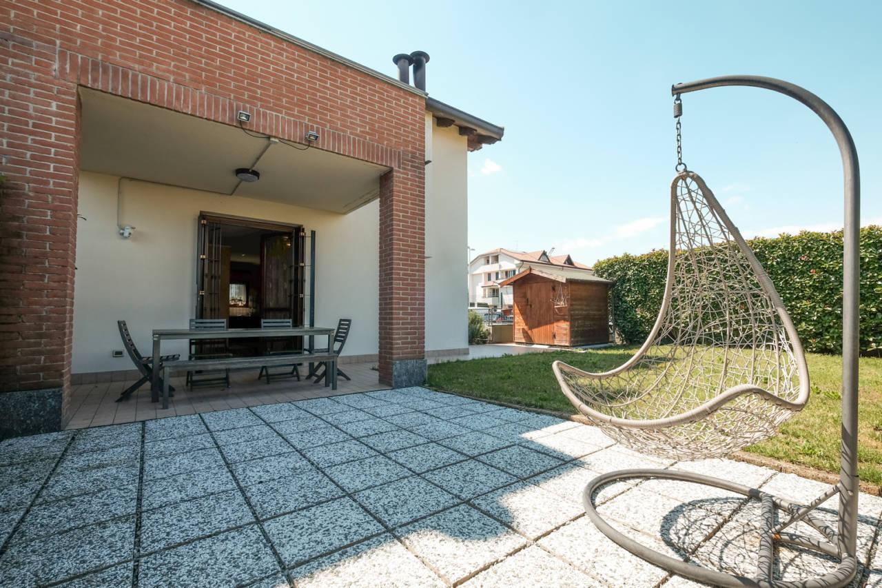 vendita-villa-ornago (17)