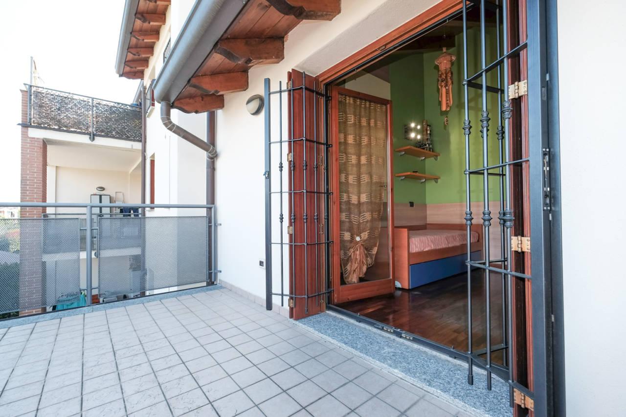 vendita-villa-ornago (37)