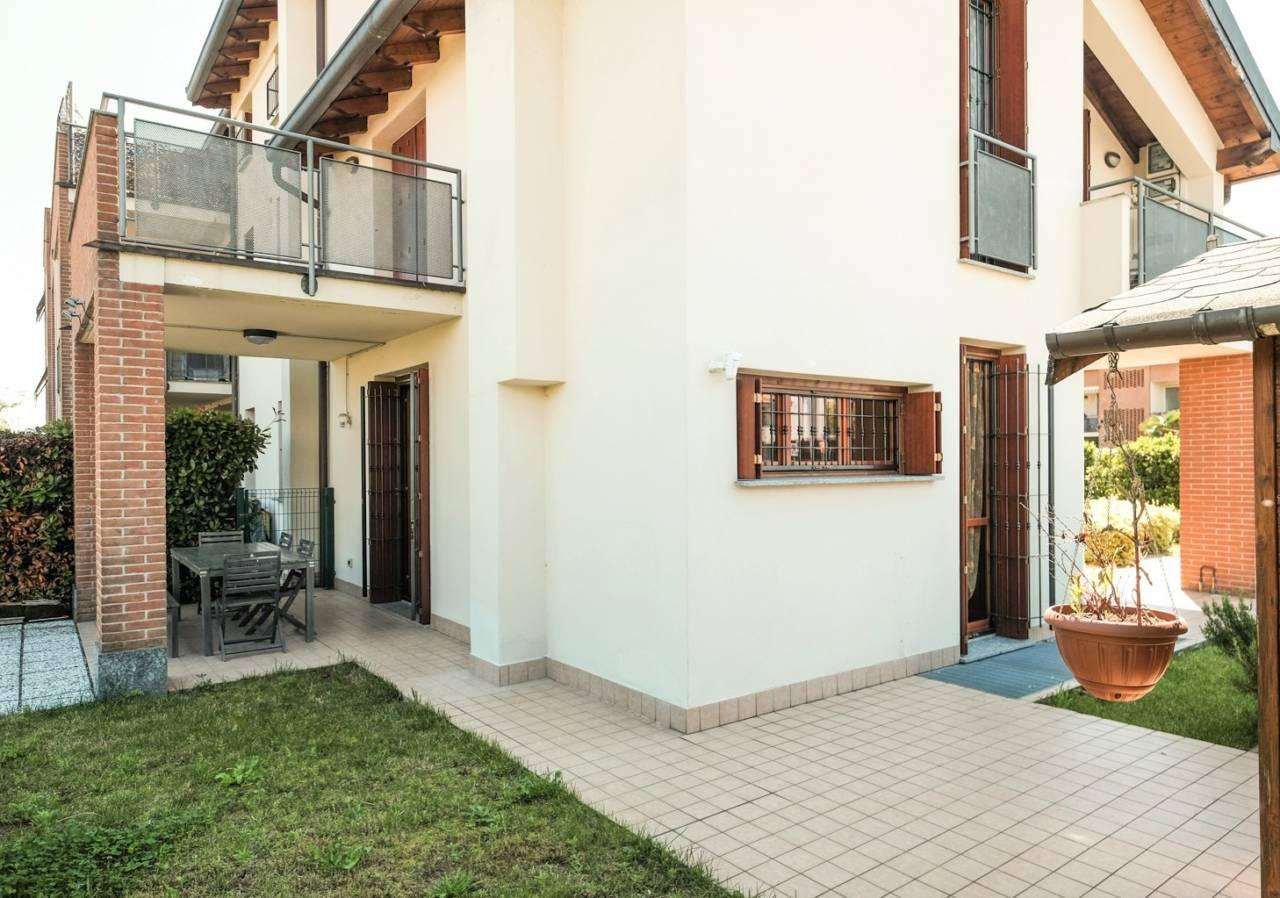 vendita-villa-ornago (40)