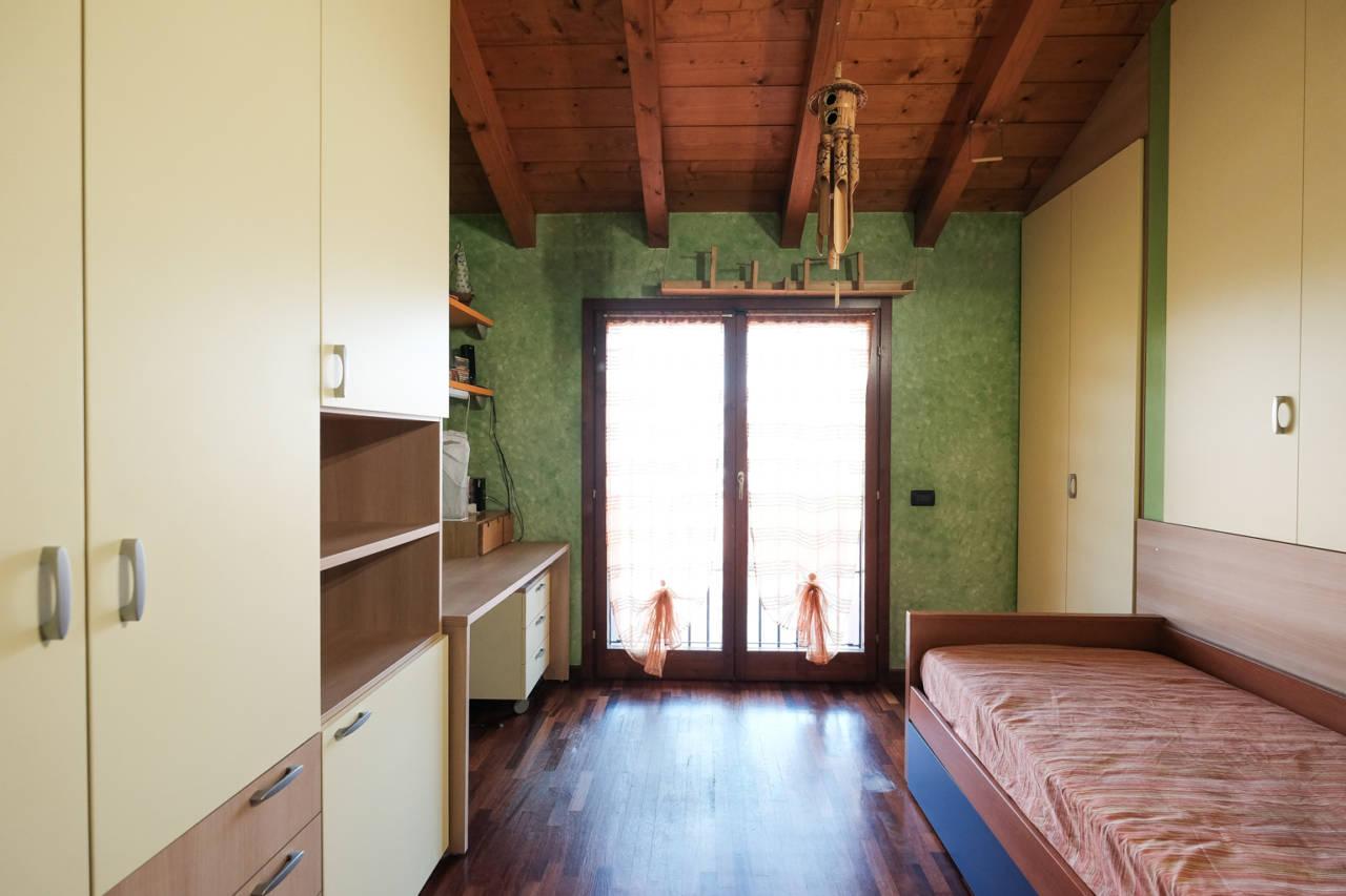 vendita-villa-ornago (8)