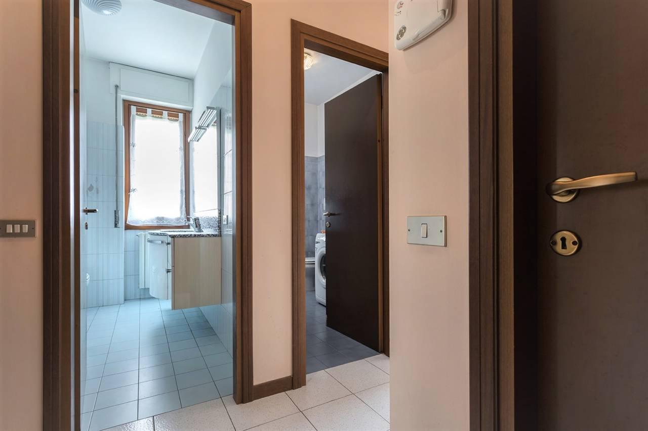villa-in-vendita-a-vimercate (14)