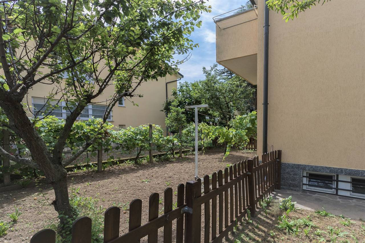 villa-in-vendita-a-vimercate (15)