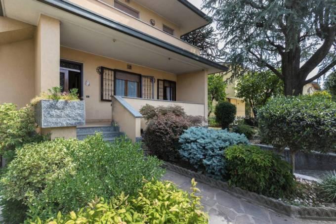 villa-in-vendita-a-vimercate