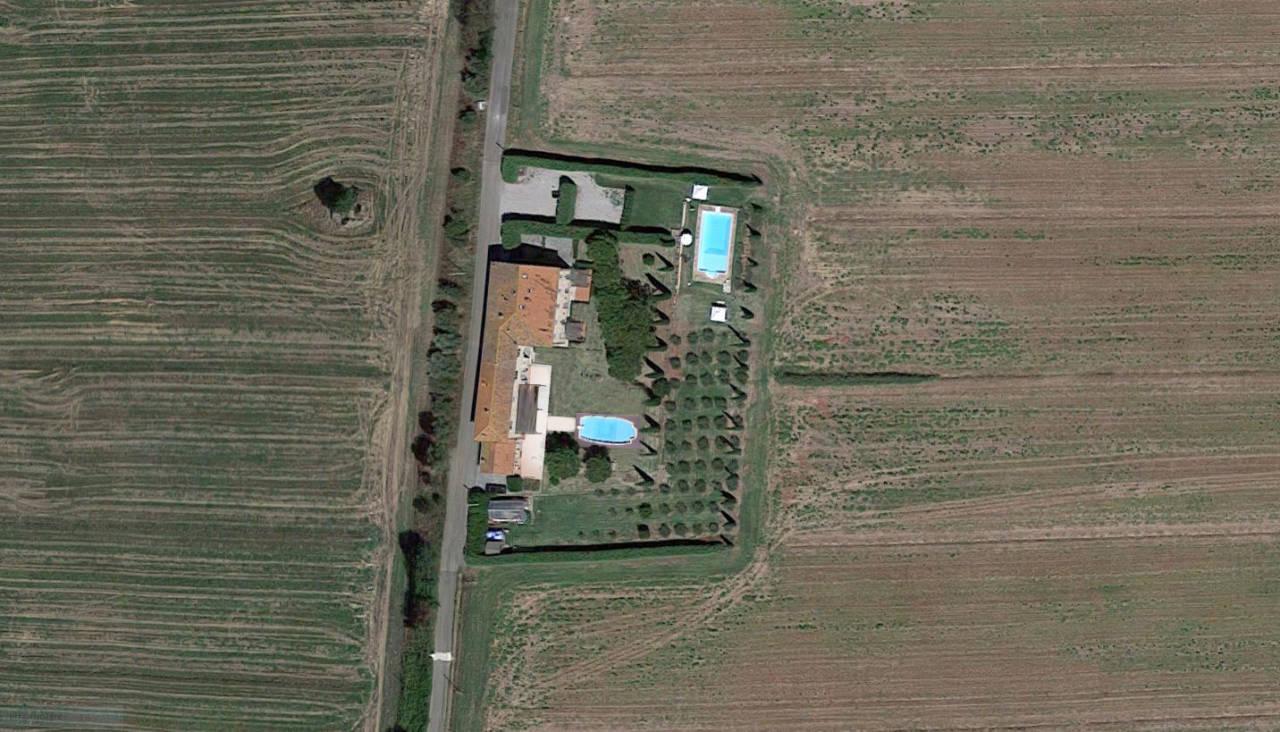Casale in Toscana Val di Chiana in vendita (2)