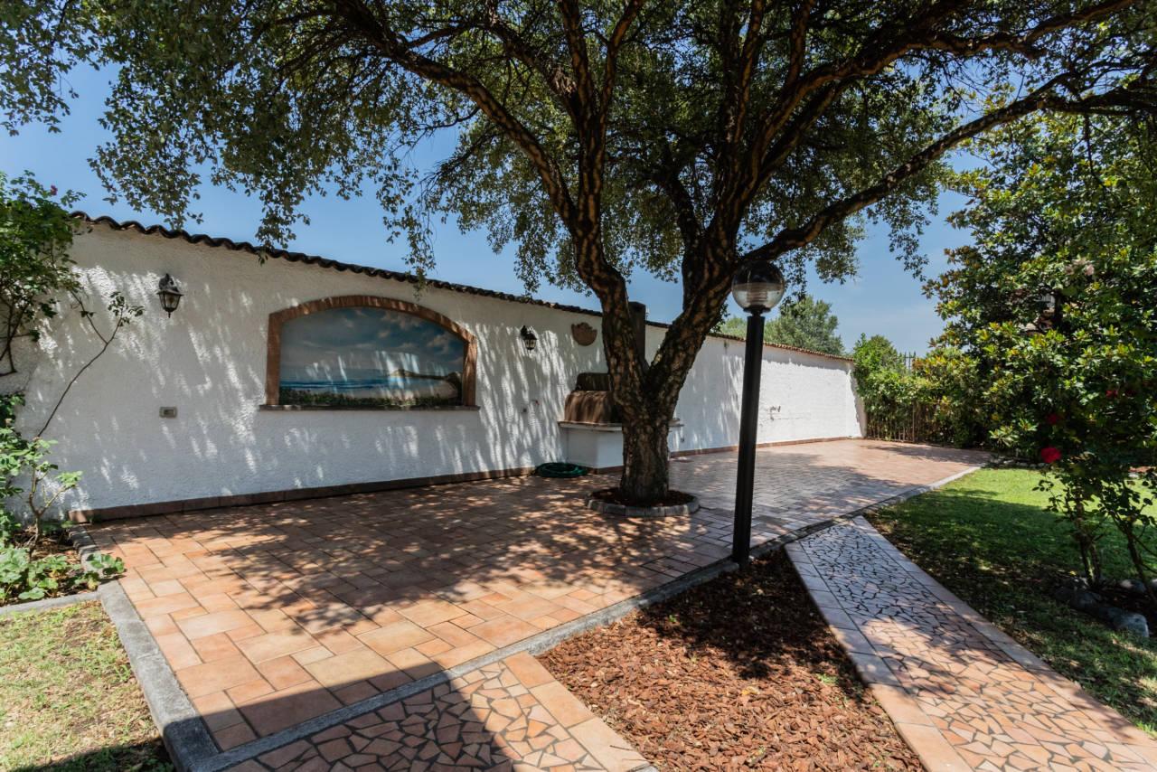 Villa con piscina in vendita a Rozzano (23)