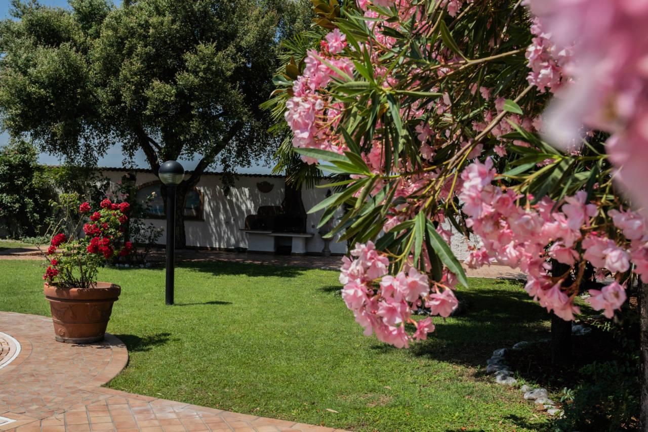 Villa con piscina in vendita a Rozzano (25)