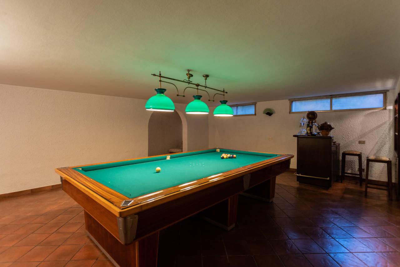Villa con piscina in vendita a Rozzano (3)