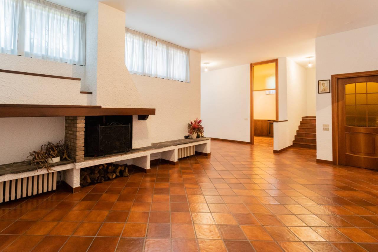 Villa con piscina in vendita a Rozzano (8)