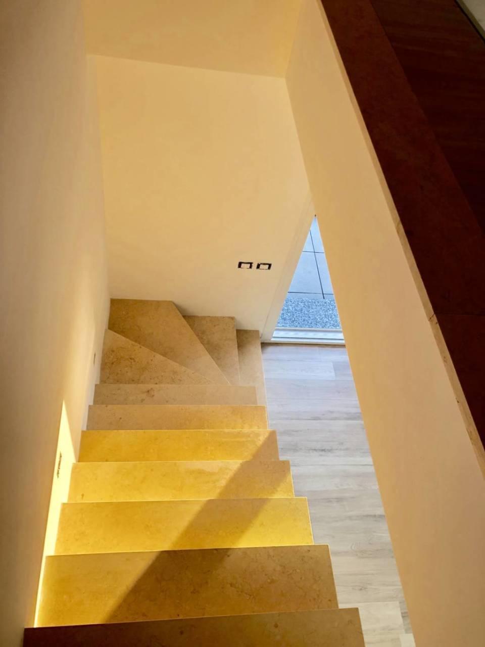 Villa in vendita a Bernareggio (5)