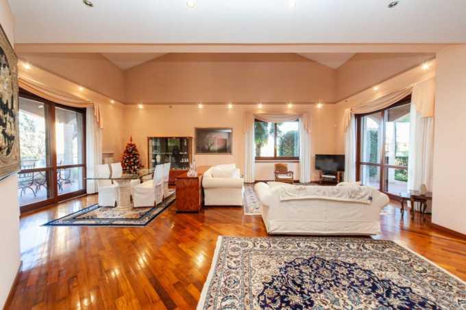Villa-singola-in-vendita-a-Bernareggio