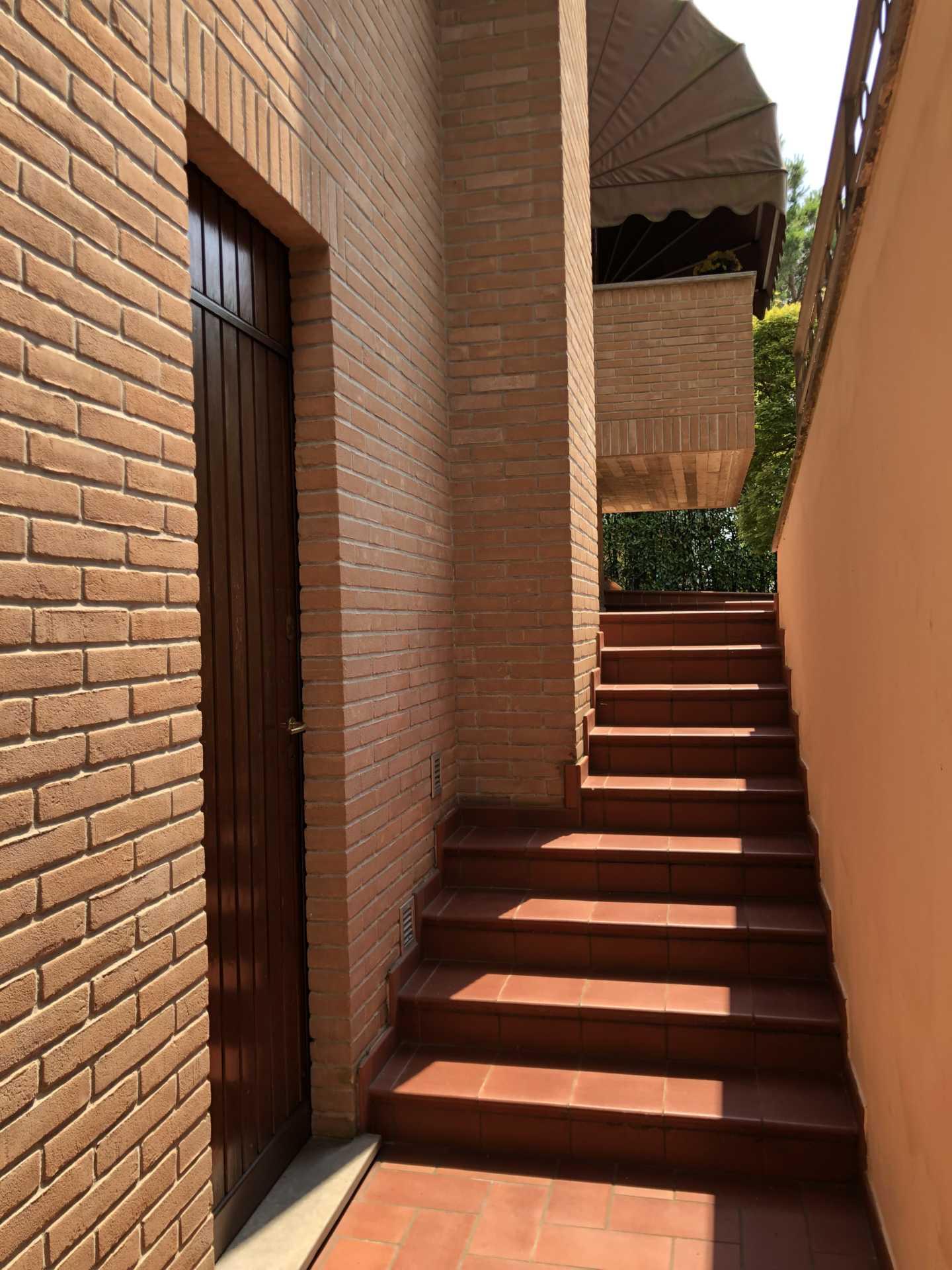 Villa-singola-in vendita-a-Bernareggio (3)