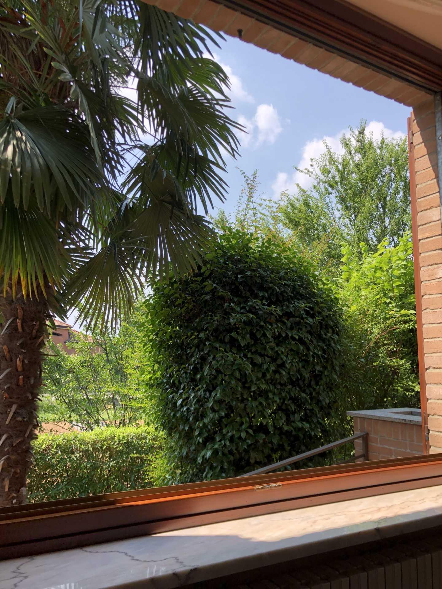 Villa-singola-in vendita-a-Bernareggio (6)