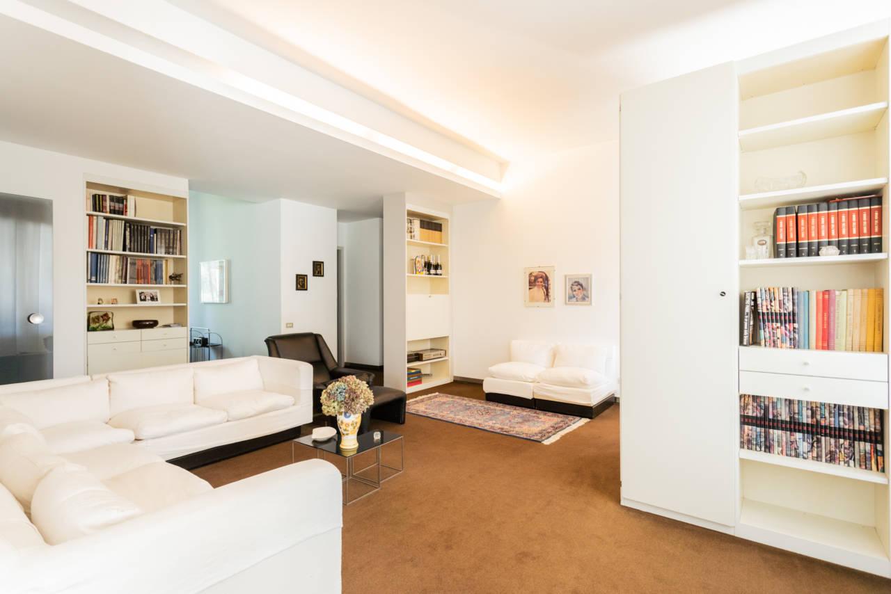 villa-singola-in-vendita-a-Casatenovo (21)