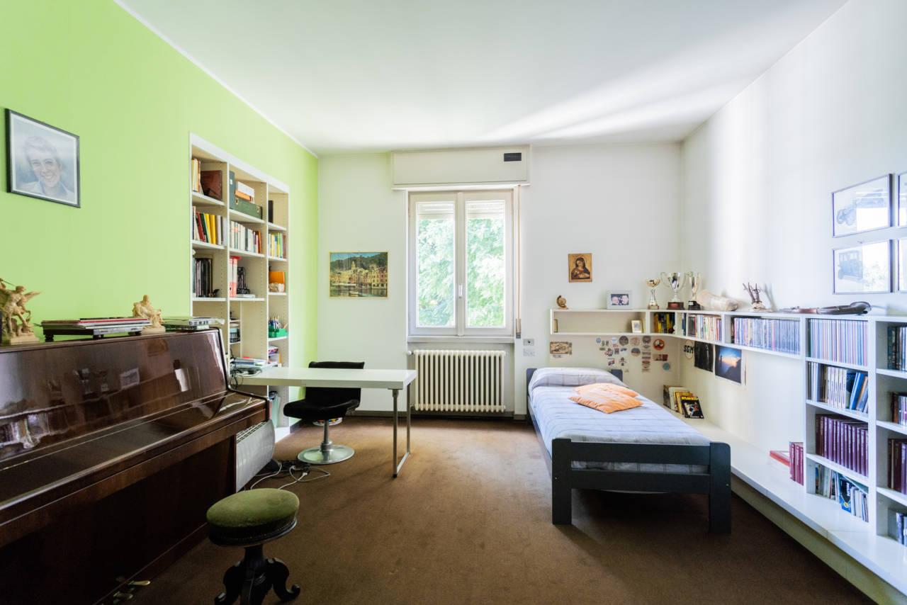 villa-singola-in-vendita-a-Casatenovo (32)