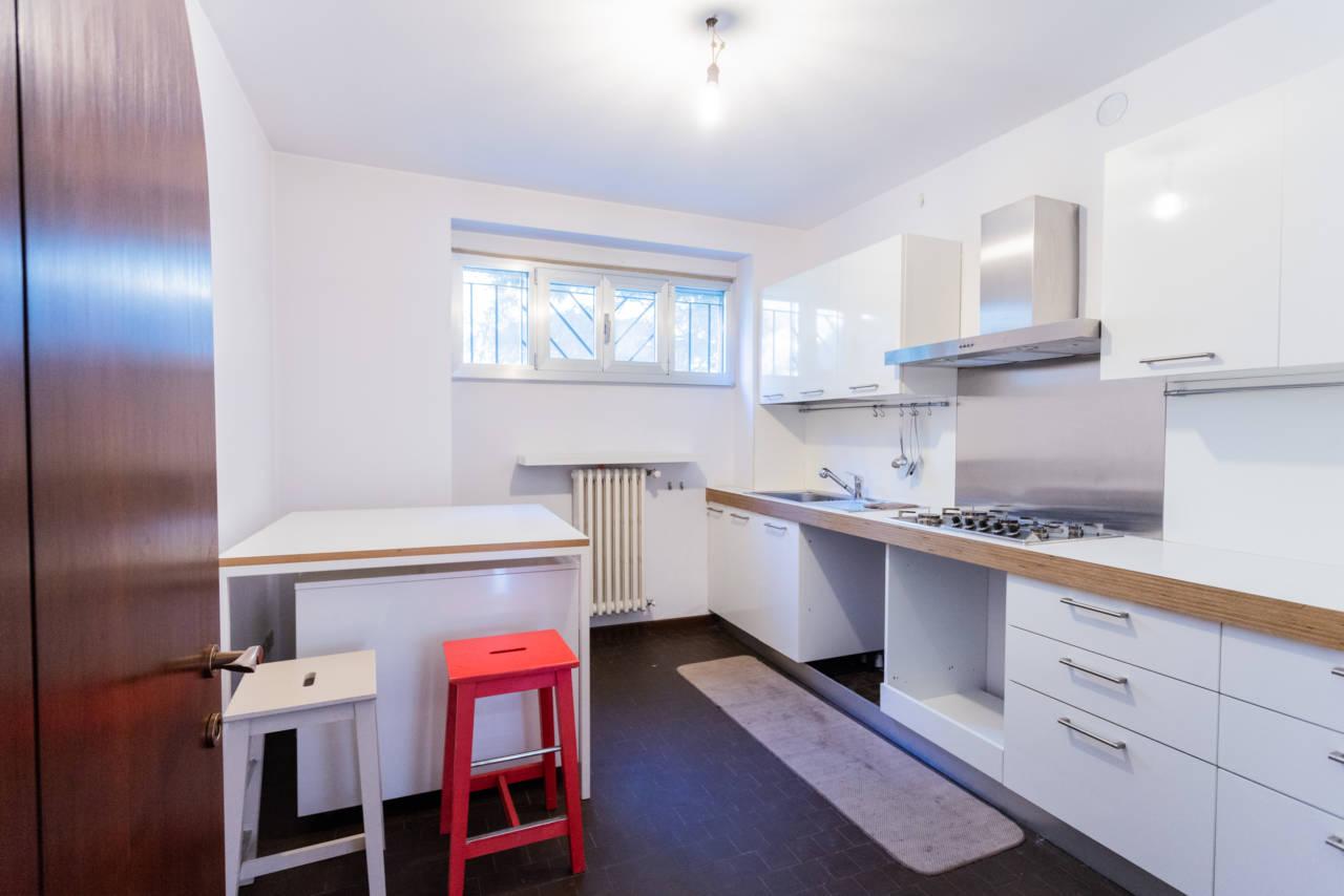 villa-singola-in-vendita-a-Casatenovo (41)
