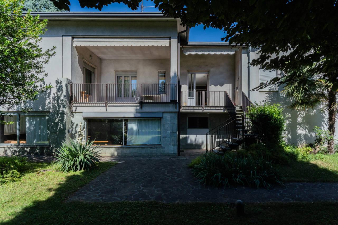 villa-singola-in-vendita-a-Casatenovo (8)