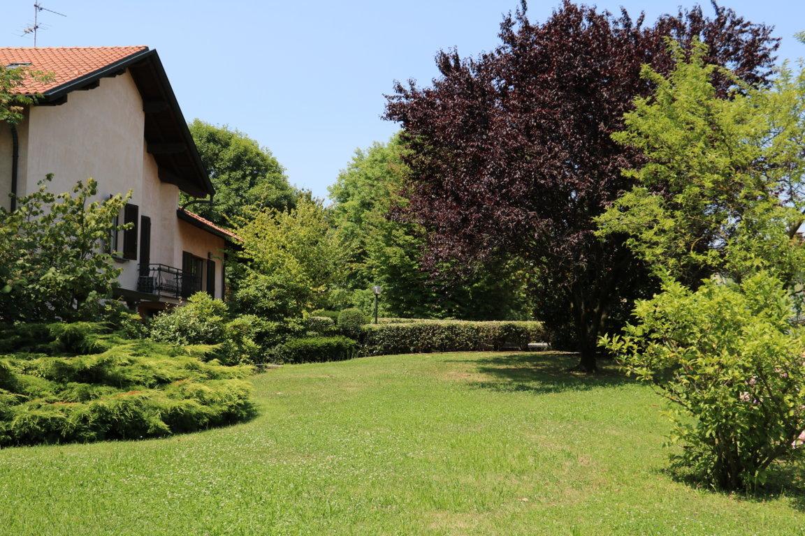 Busnago-villa-in-vendita (56)