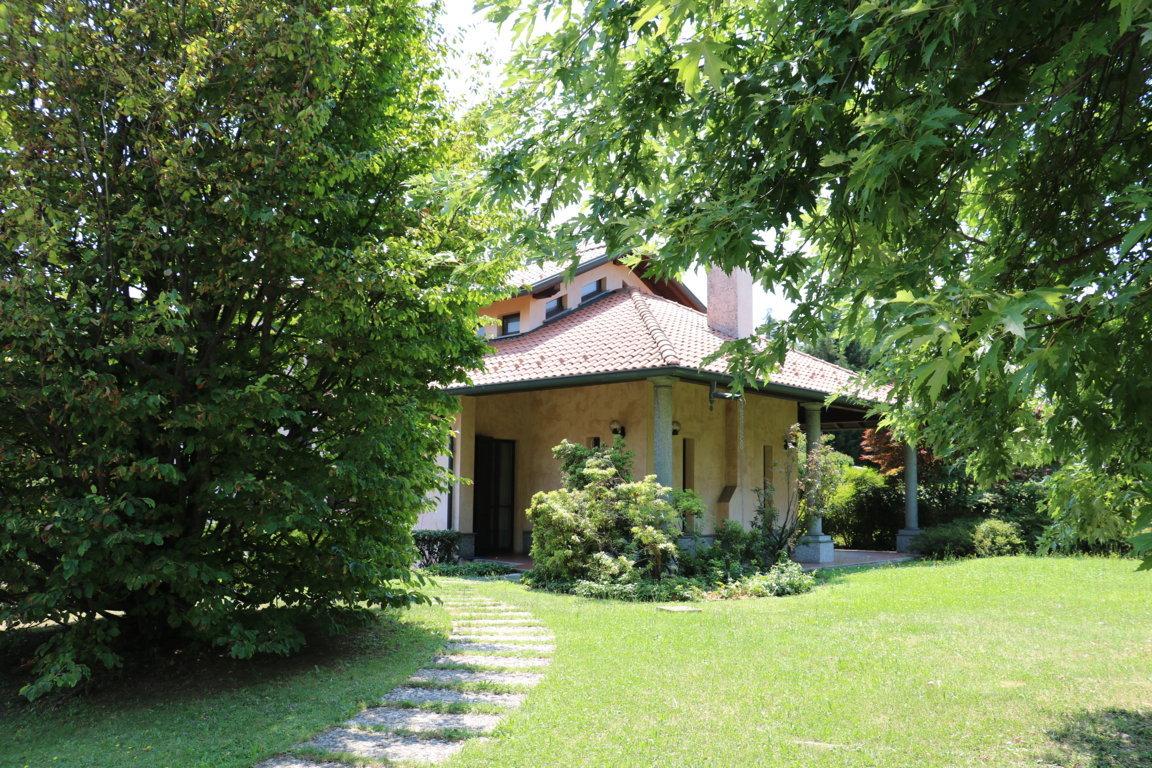 Busnago-villa-in-vendita (60)