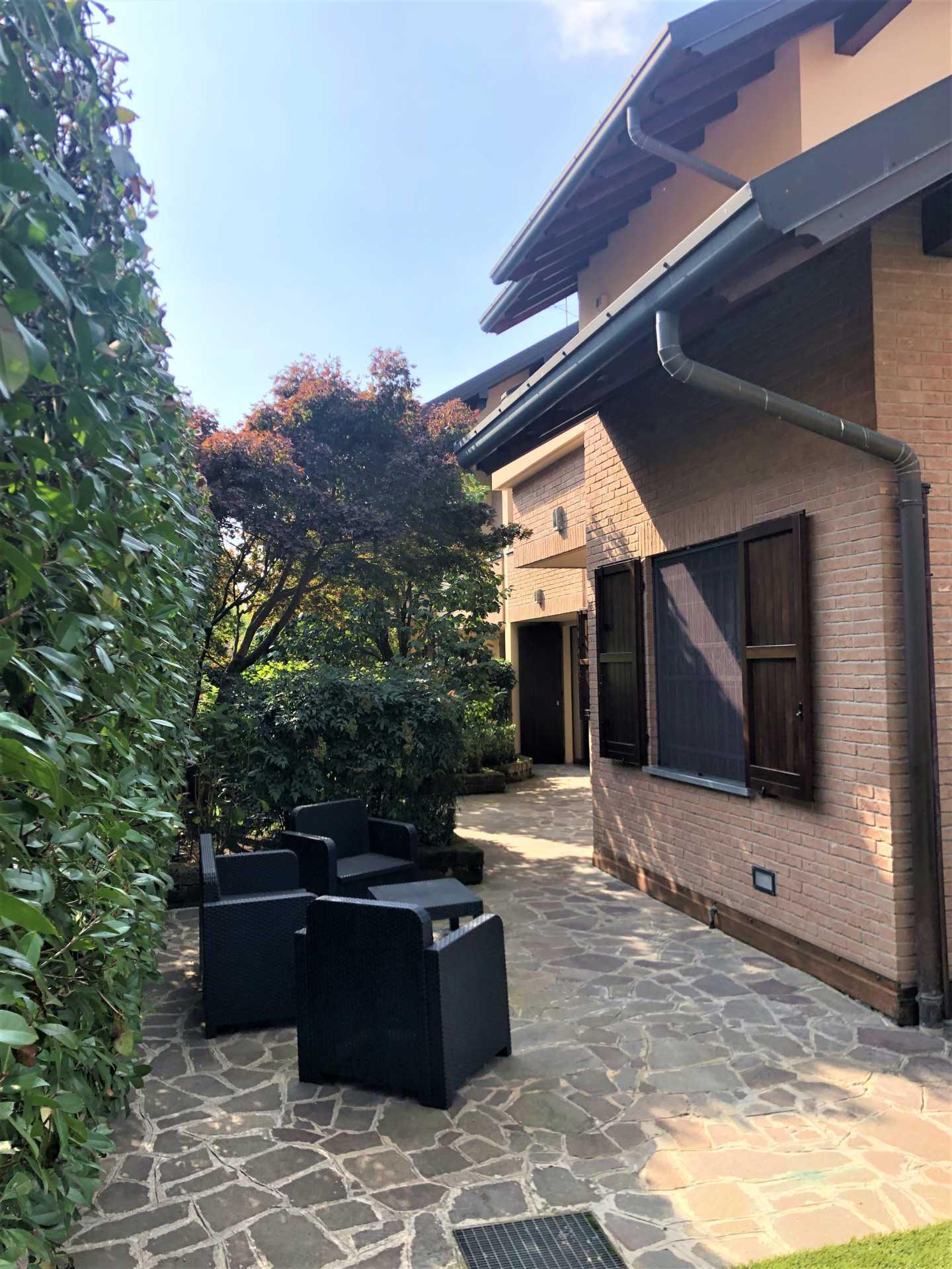 villa-in-vendita a-Vimercate-Oreno (2)