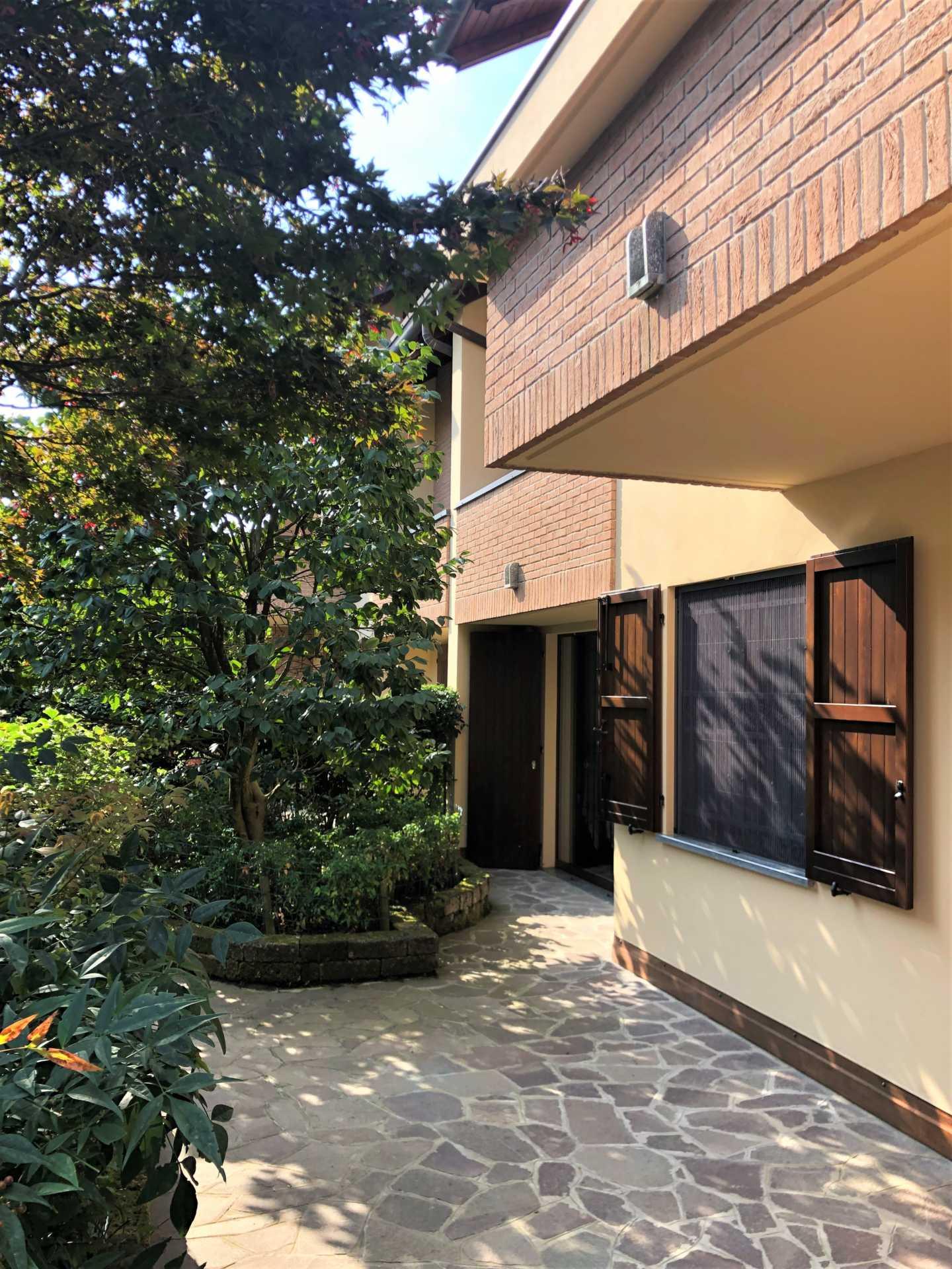 villa-in-vendita a-Vimercate-Oreno (3)